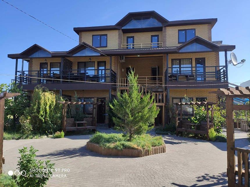 Отель «Нирвана»