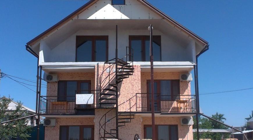 Частный дом «Черное море»